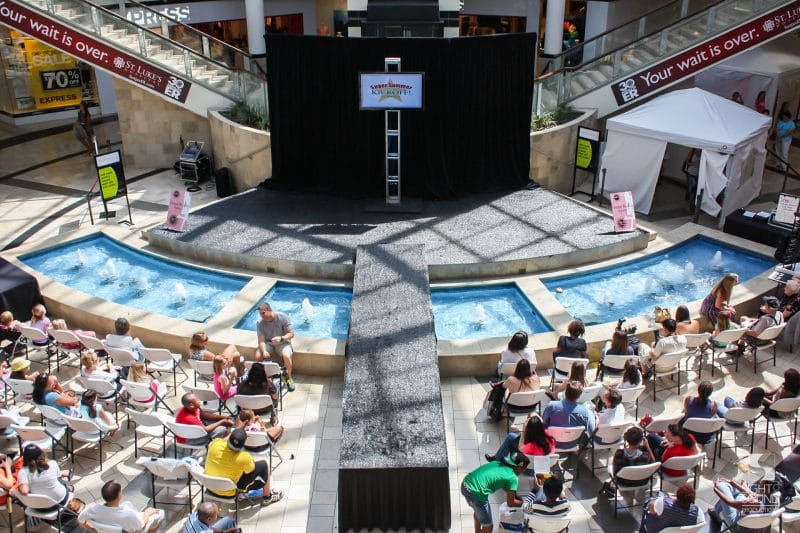 Corporate-Fashion-Show-Setup-4