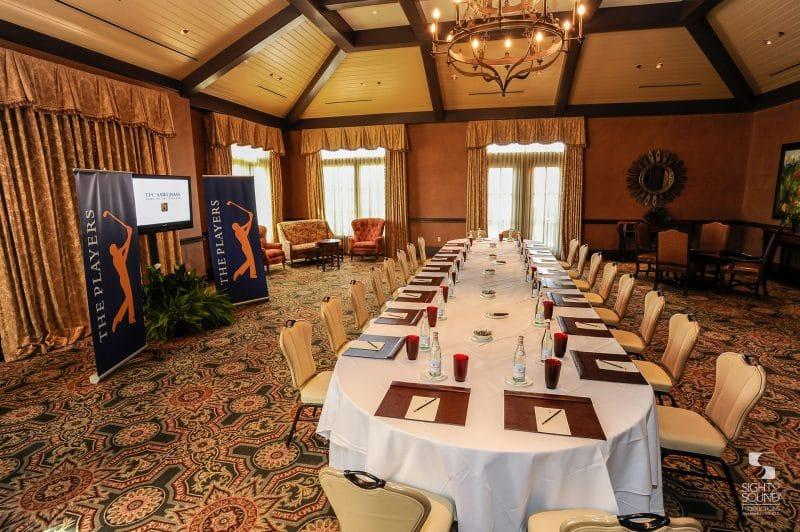 Corporate-Meeting-Setup-5