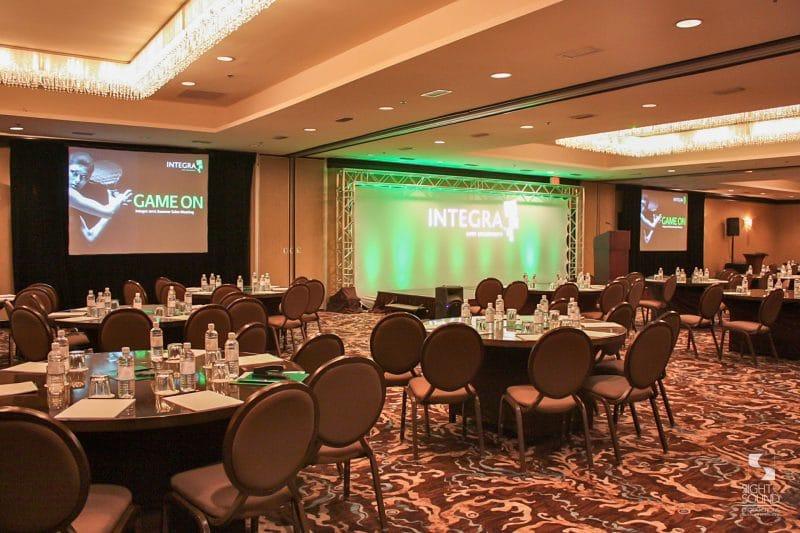 Corporate-Meeting-Setup-7